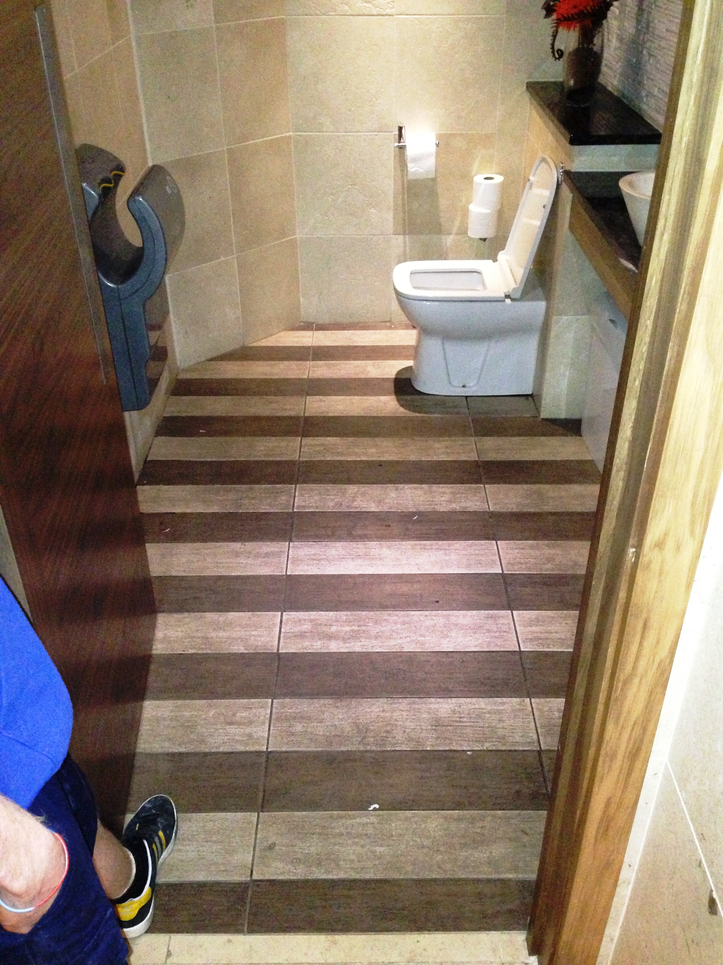 Anti-Slip-Tiled-Hallway-Before-Cleaning