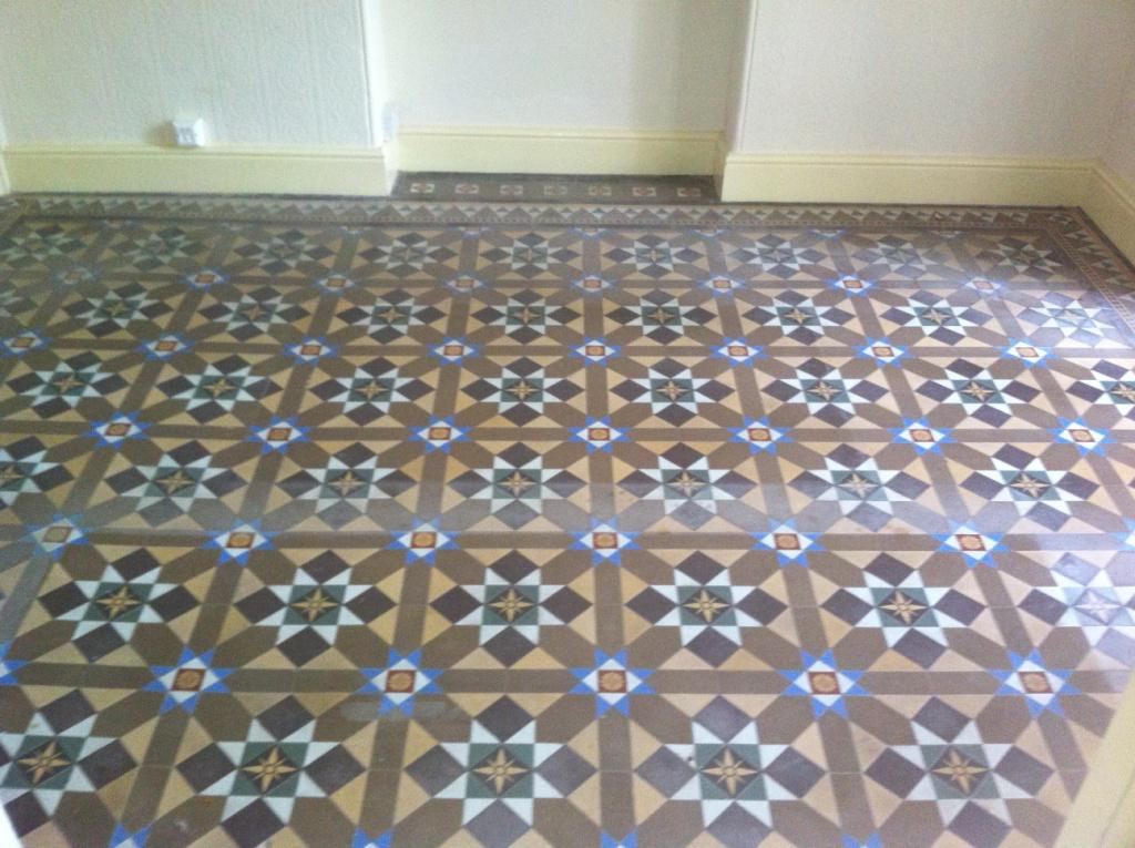 Outward-Bound-victorian-Floor-before
